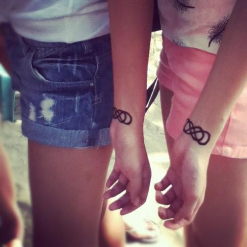 40 matching friendship tattoo ideas for you and your best friend