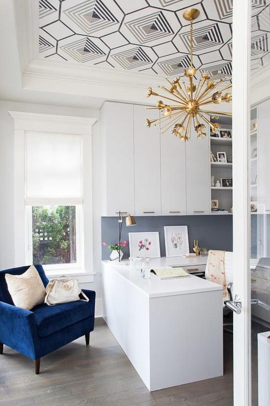 """2019 spring and summer home color """"pop trend"""""""