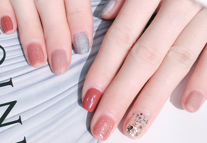 41 Nail Designs That Are So Perfect for Spring 2019
