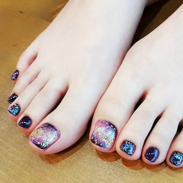 44 Amazing Toe Nail Colors To Choose In 2019