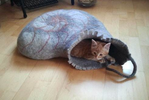 Creative Dog and Cat Bed Ideas We Love | #cat #dog #ideas #Creative