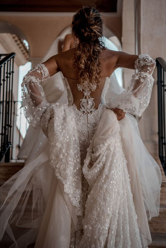 35 fascinating wedding dresses you can
