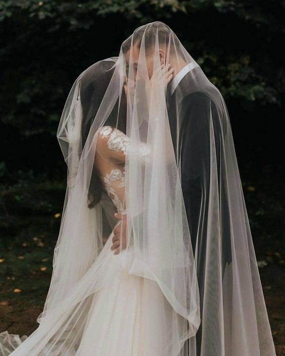 A glamorous wedding photo that you